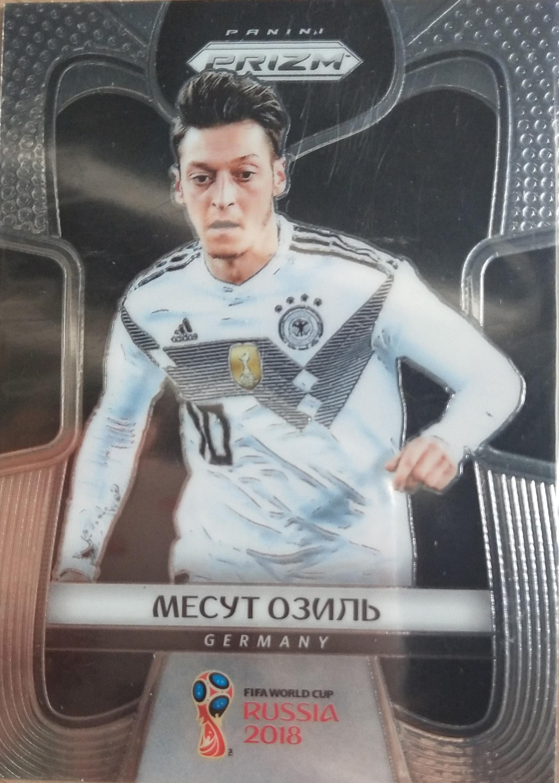 【自若清风】2018Panini俄罗斯世界杯球星卡Mesut Ozil厄齐尔德国俄语变异NO.96普卡