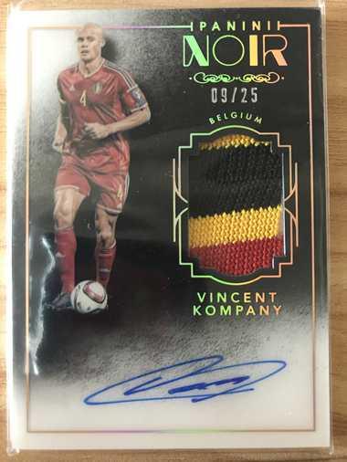 2016帕尼尼诺尔足球 球星卡 孔帕尼 Vincent Kompany 比利时 彩色版球衣签 9/25 实物签