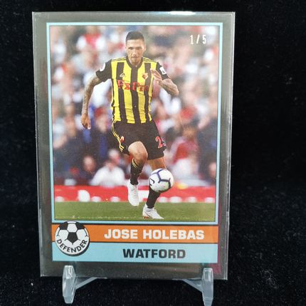 [Ed] 2019 Topps 1977年英超复古 球星卡 霍莱巴斯 Jose Holebas 沃特福德 Base 1/5 黑 NO.8